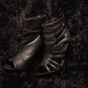 Black heels by wild rose